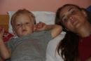 Samko s maminou - konečne sedím :)